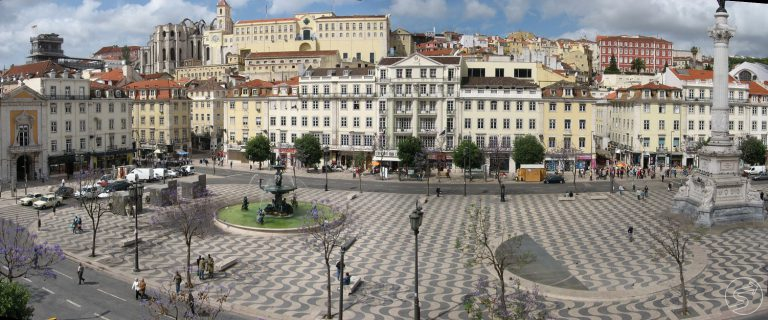 discover central lisbon with lisbon