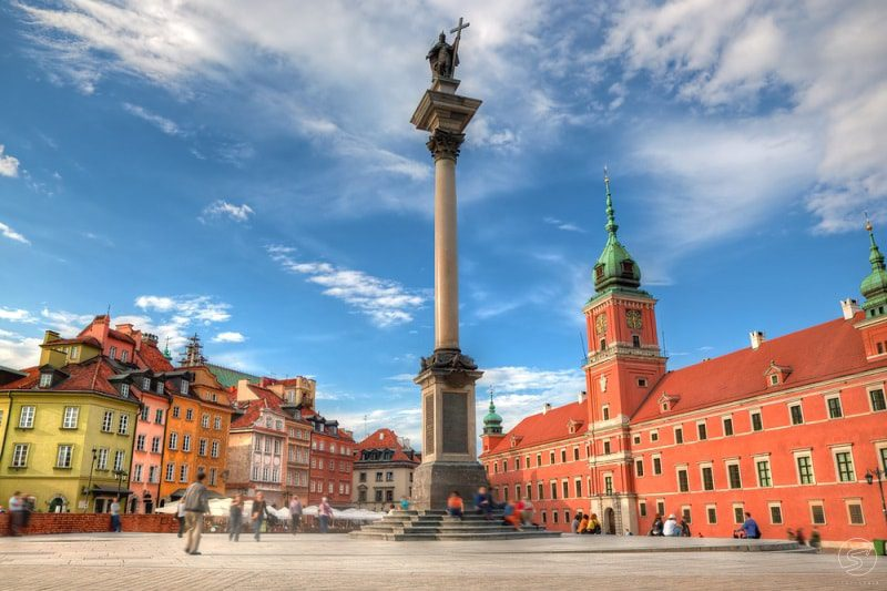 Walking tour in Warsaw's inner city with a tour guide